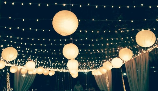 starry-decorations-for-wedding